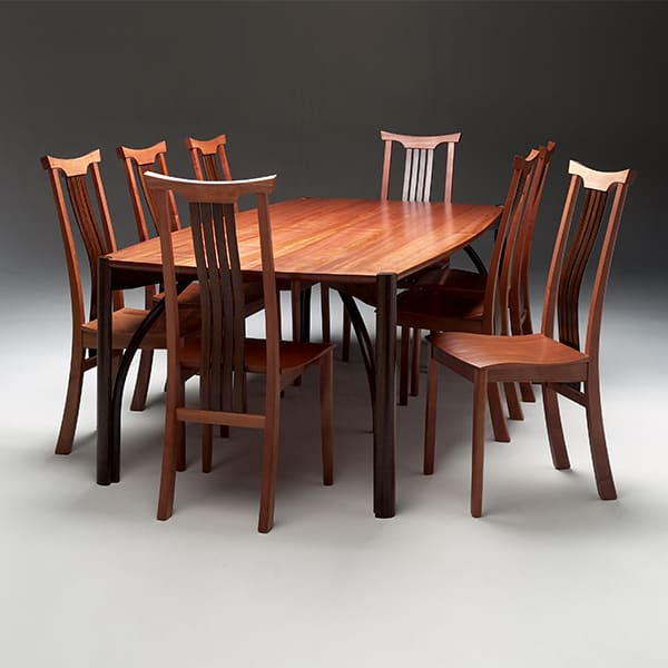 Seren table with Seren Yoke chairs